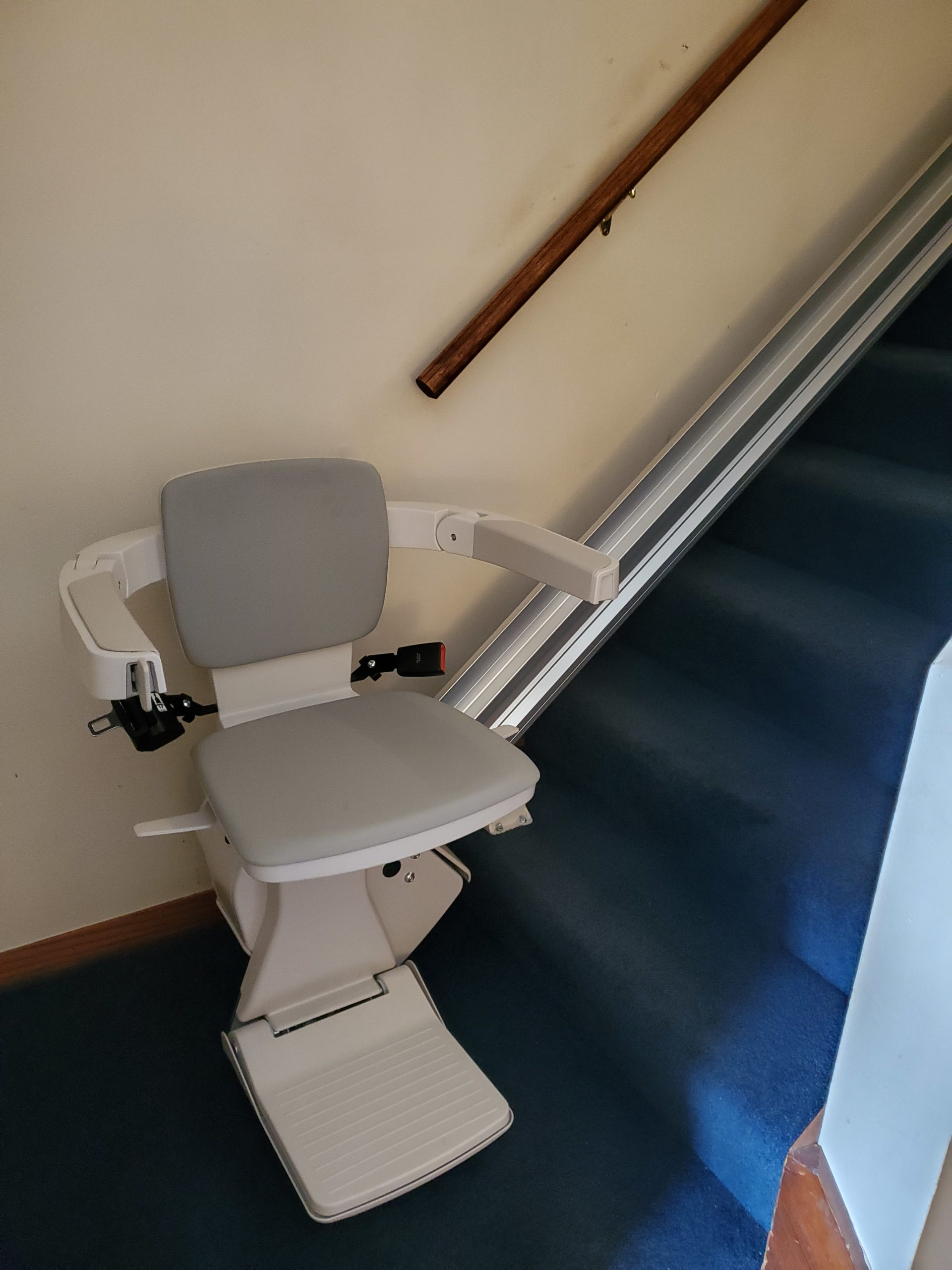 Stair Lifts, Bruno Stair Lifts, and Savaria Stairlifts in Chicago, IL