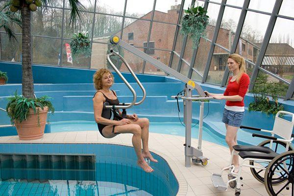pool-lift-55667